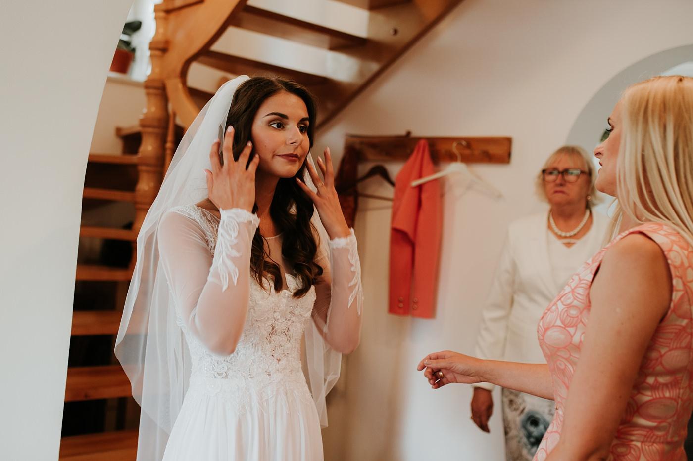 Julia & Piotr - kameralne wesele na Ranczo w Dolinie 13