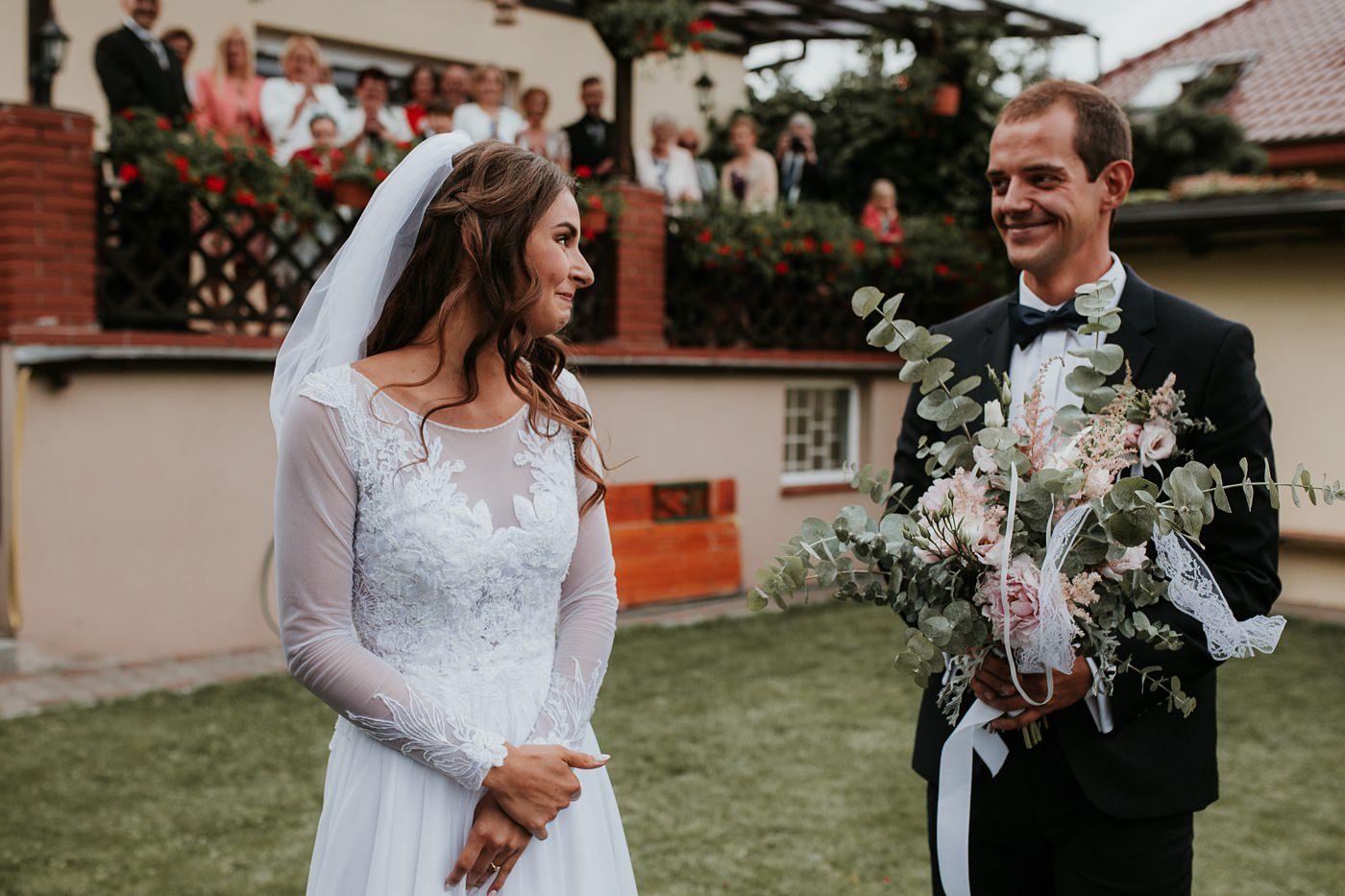 Julia & Piotr - kameralne wesele na Ranczo w Dolinie 22