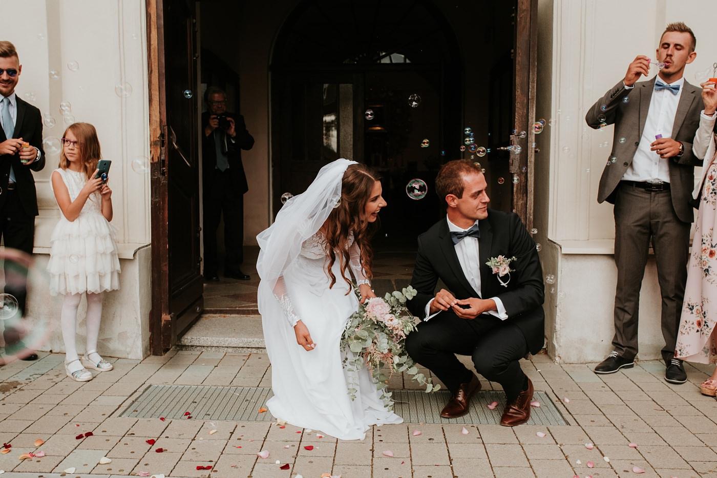 Julia & Piotr - kameralne wesele na Ranczo w Dolinie 50