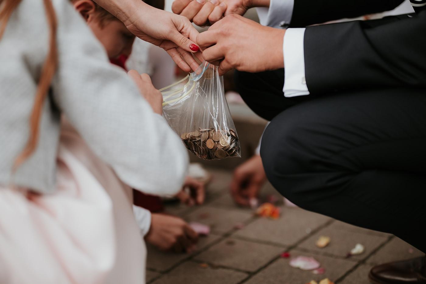 Julia & Piotr - kameralne wesele na Ranczo w Dolinie 49