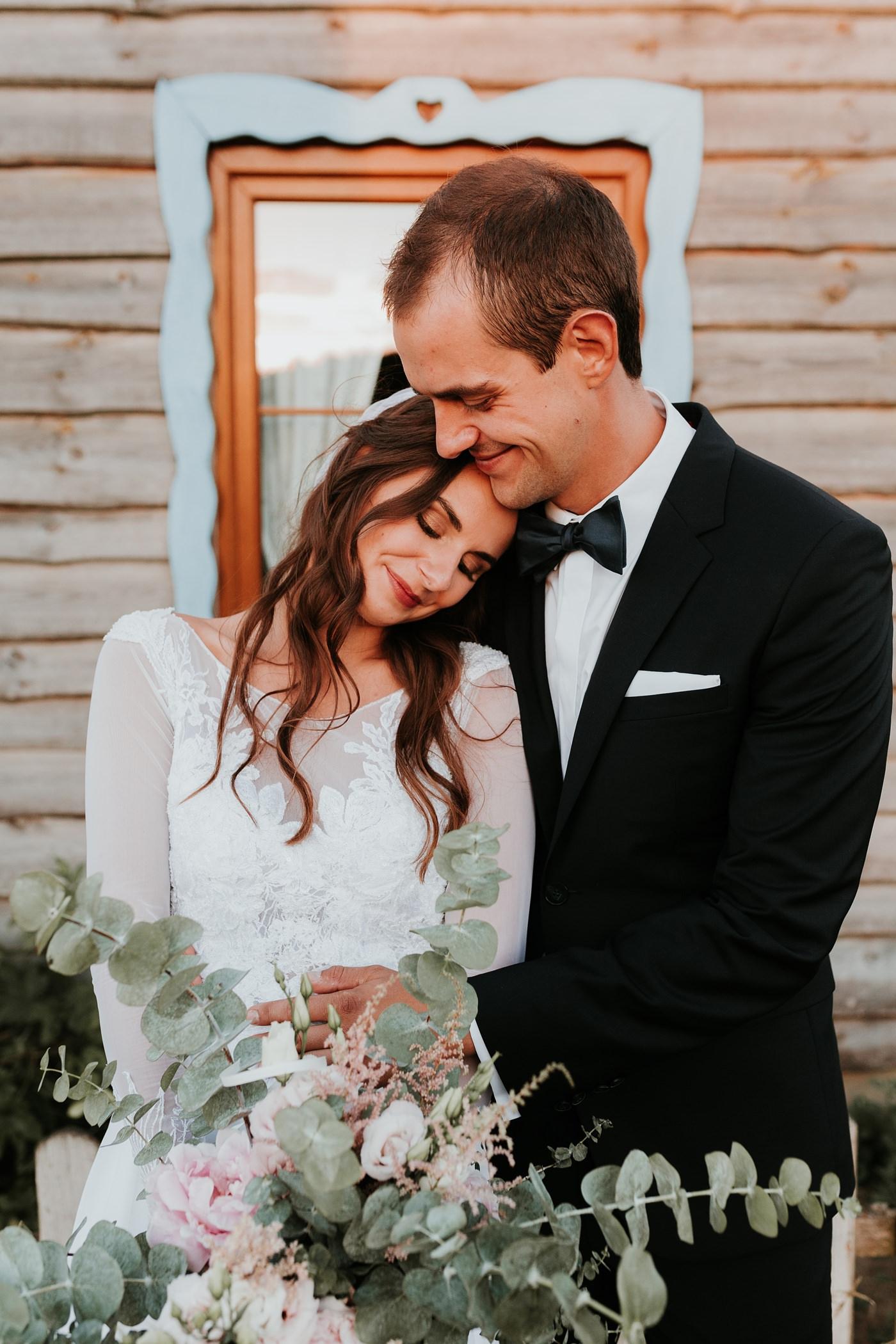 Julia & Piotr - kameralne wesele na Ranczo w Dolinie 102