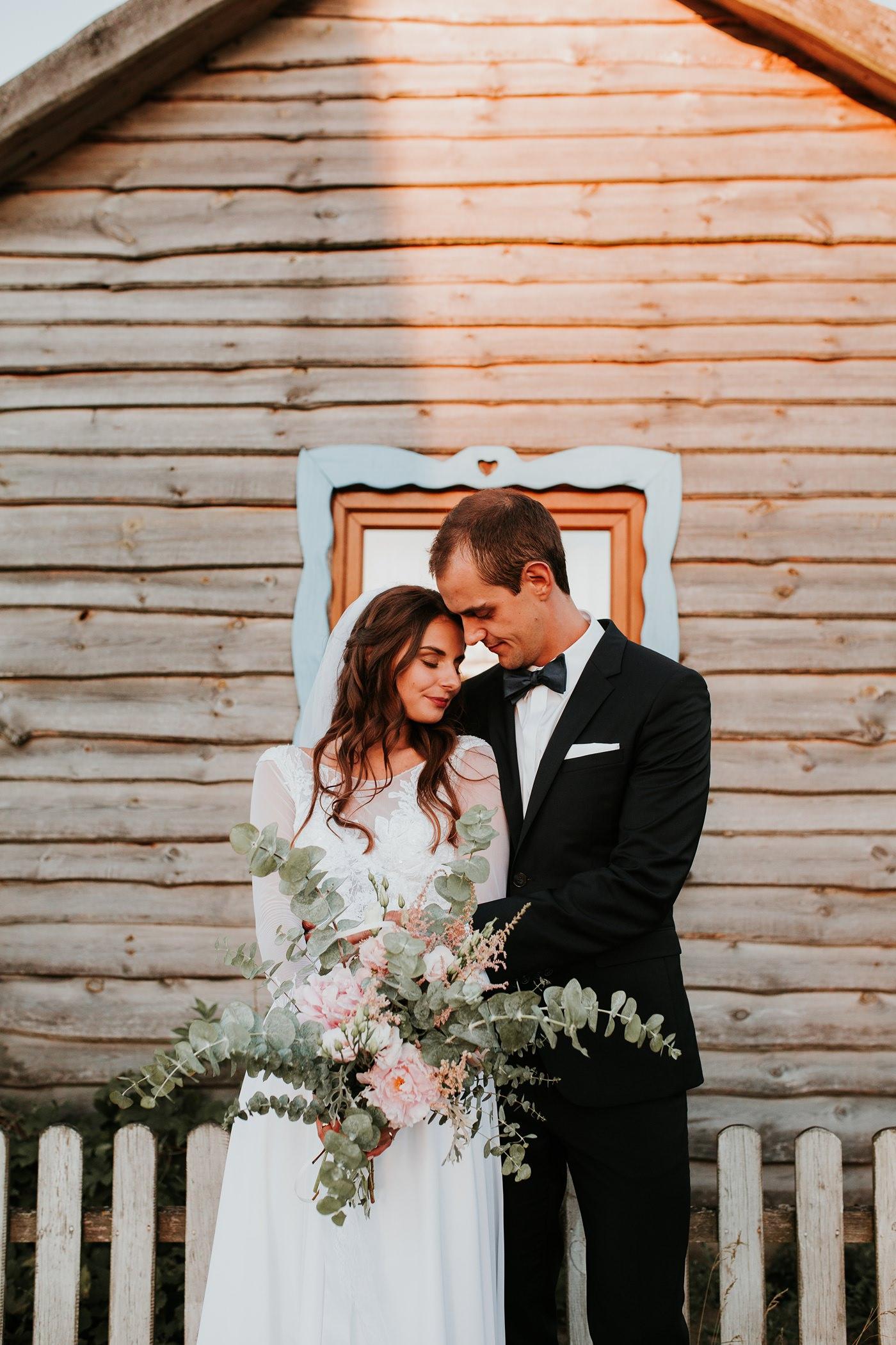Julia & Piotr - kameralne wesele na Ranczo w Dolinie 103