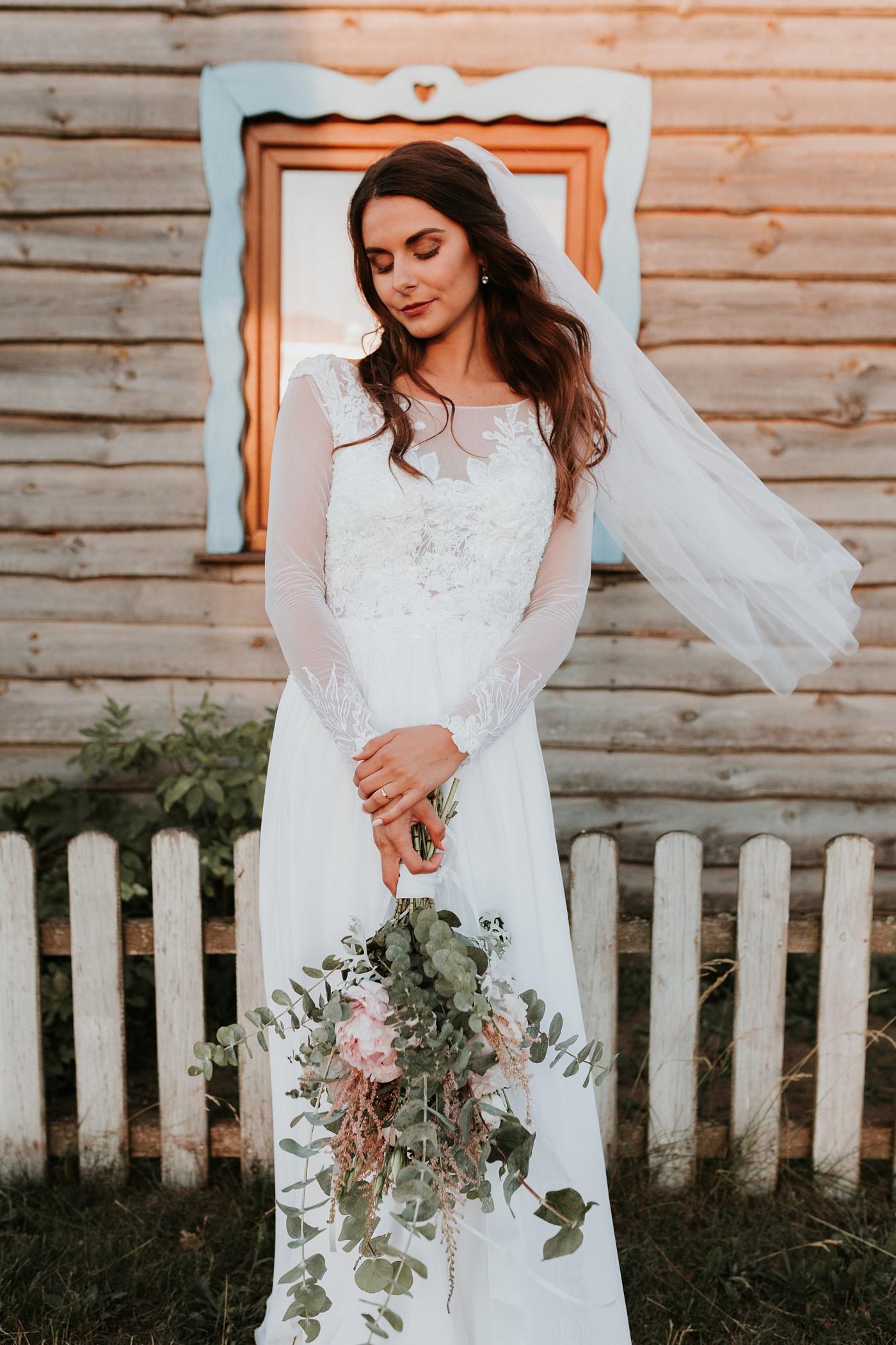Julia & Piotr - kameralne wesele na Ranczo w Dolinie 107