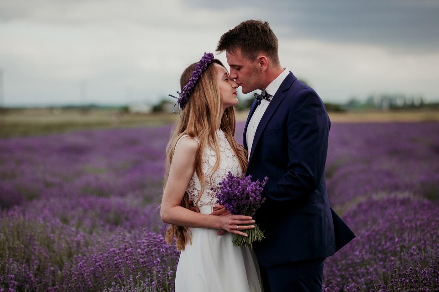 Anna i Marcin - Sesja Ślubna na Polu Lawendy 4