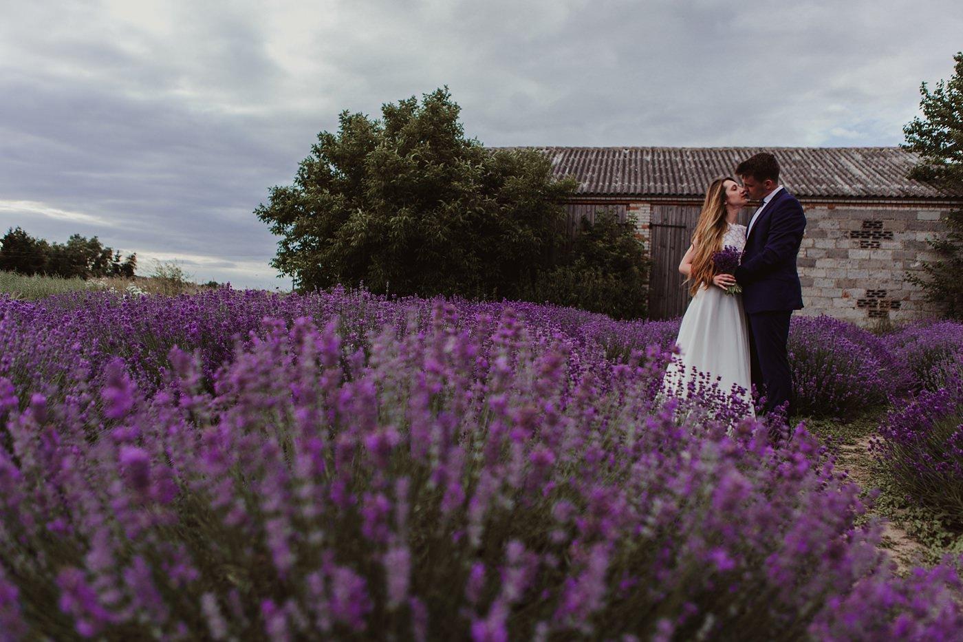Anna i Marcin - Sesja Ślubna na Polu Lawendy 39