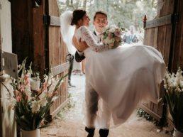 Dominika & Aleksander - Rustykalne wesele w stodole - Baborówko 2