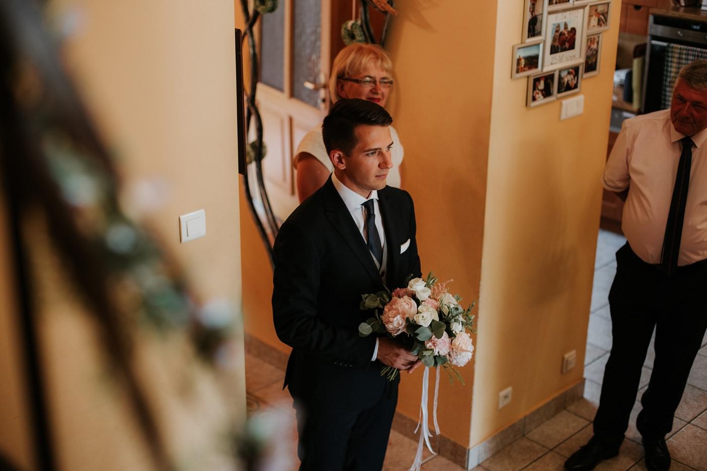 Dominika & Aleksander - Rustykalne wesele w stodole - Baborówko 19