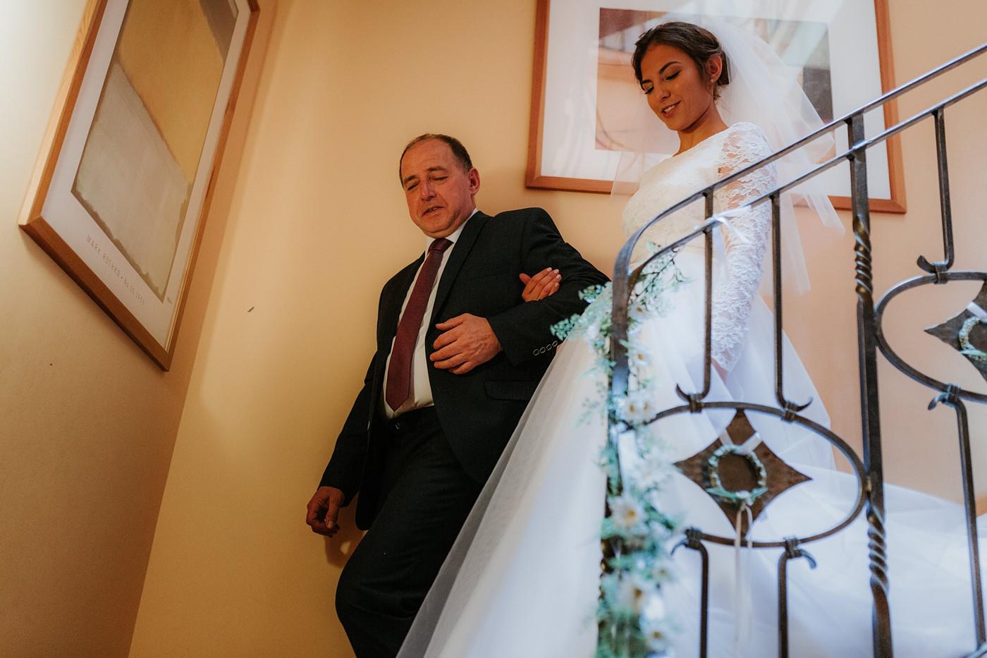Dominika & Aleksander - Rustykalne wesele w stodole - Baborówko 20