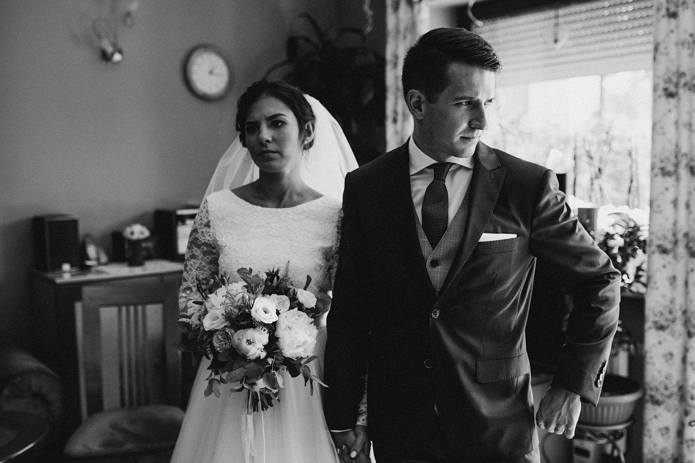 Dominika & Aleksander - Rustykalne wesele w stodole - Baborówko 23