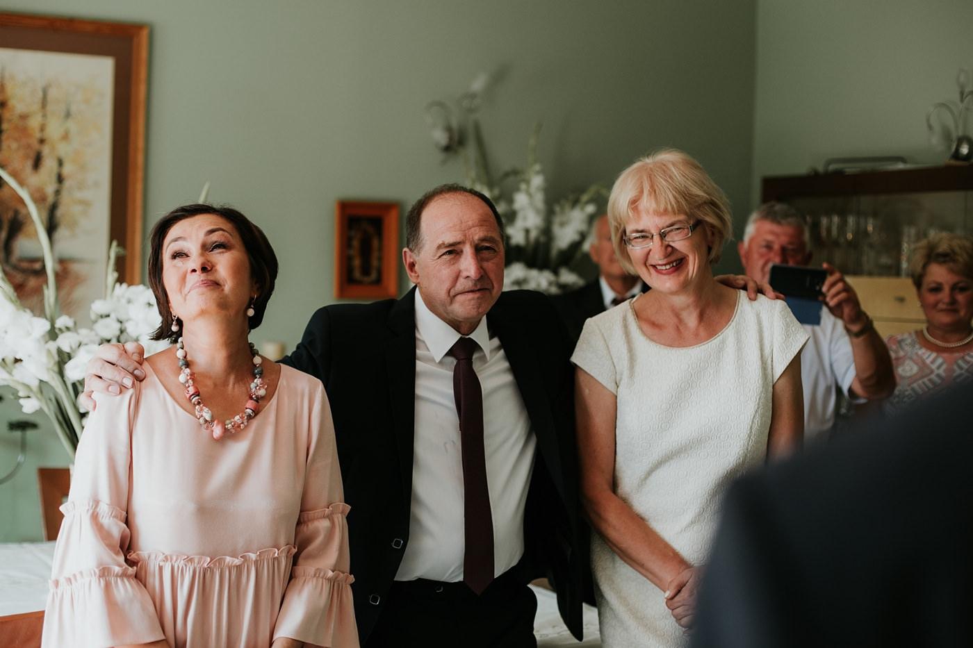 Dominika & Aleksander - Rustykalne wesele w stodole - Baborówko 24