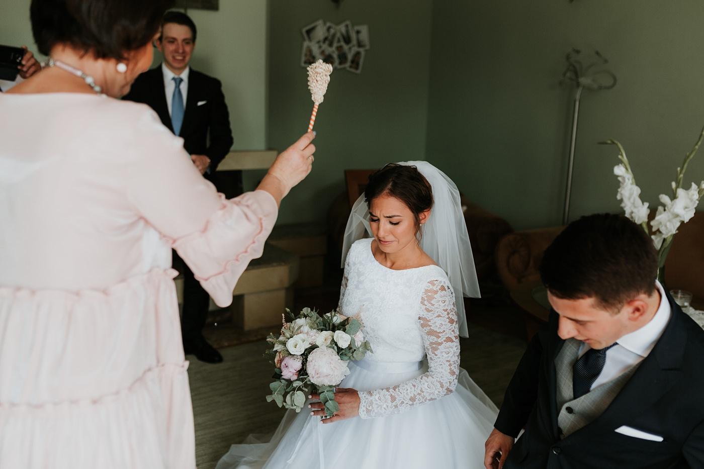 Dominika & Aleksander - Rustykalne wesele w stodole - Baborówko 28