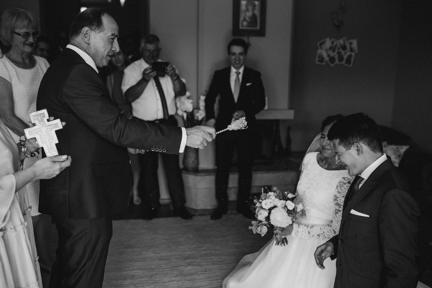 Dominika & Aleksander - Rustykalne wesele w stodole - Baborówko 32