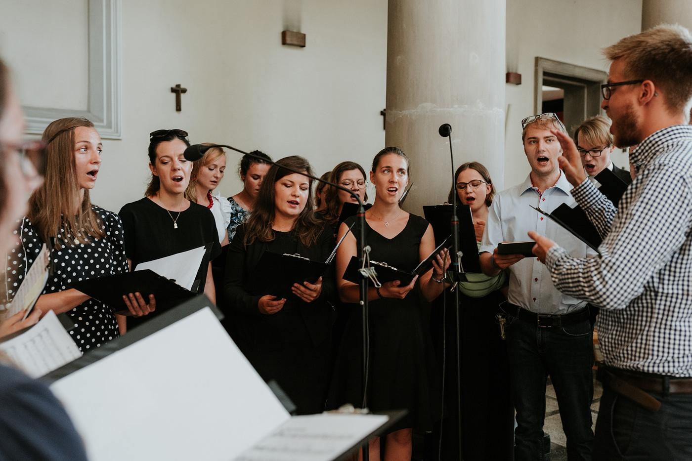 Dominika & Aleksander - Rustykalne wesele w stodole - Baborówko 52