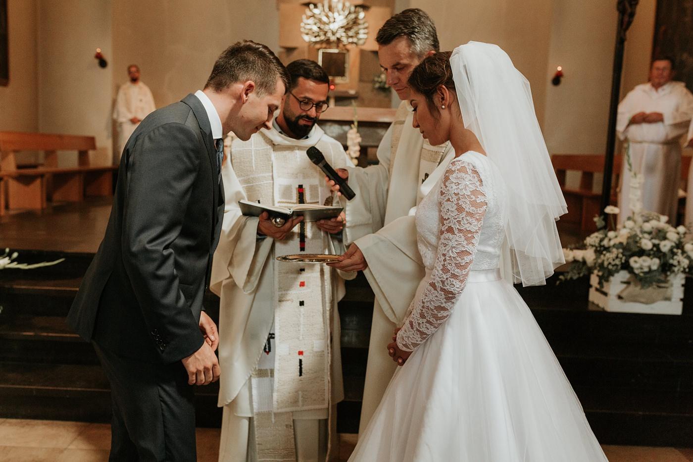 Dominika & Aleksander - Rustykalne wesele w stodole - Baborówko 58
