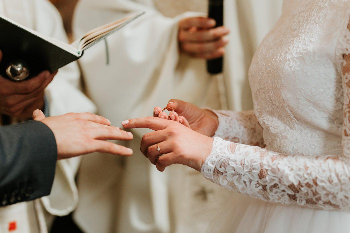 Dominika & Aleksander - Rustykalne wesele w stodole - Baborówko 59