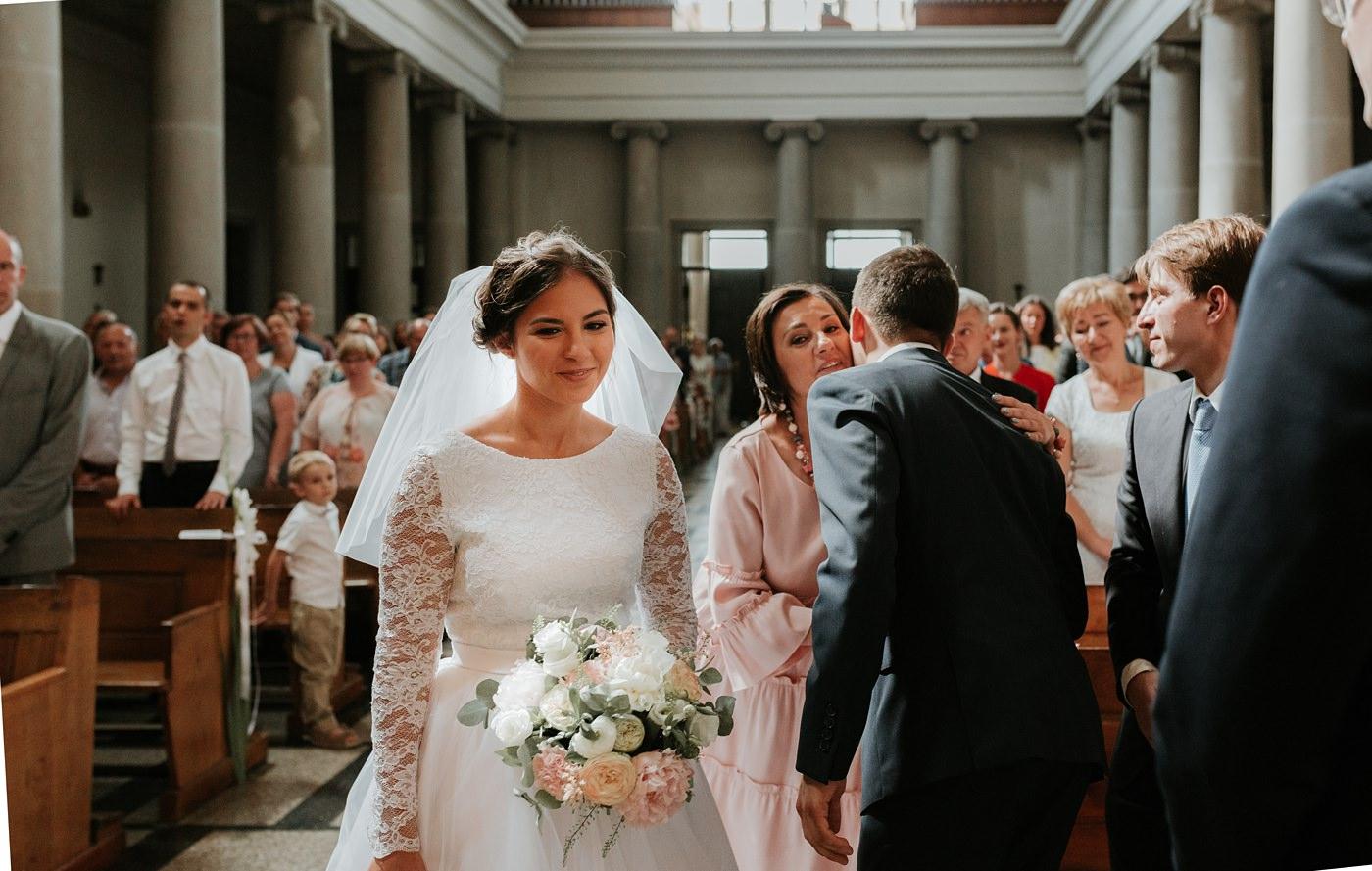 Dominika & Aleksander - Rustykalne wesele w stodole - Baborówko 62