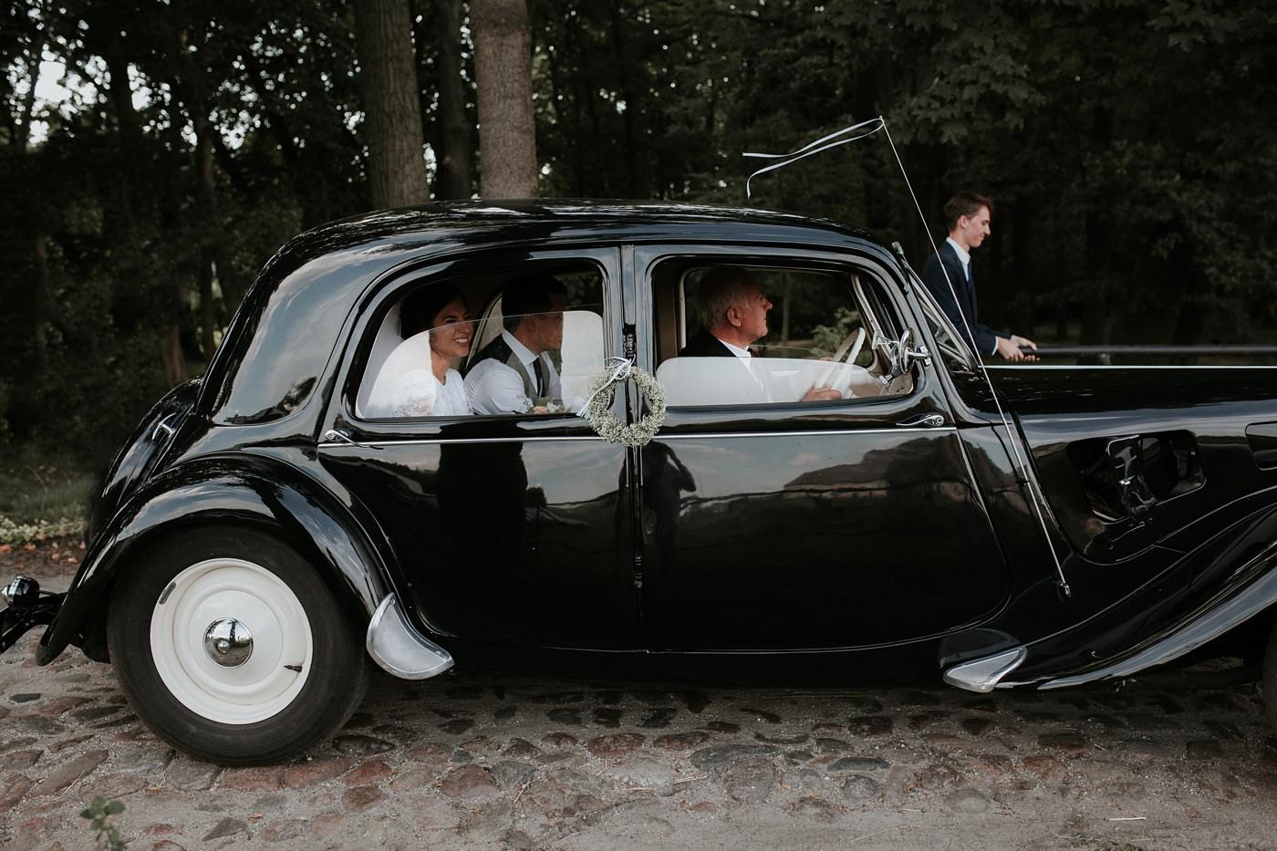 Dominika & Aleksander - Rustykalne wesele w stodole - Baborówko 75