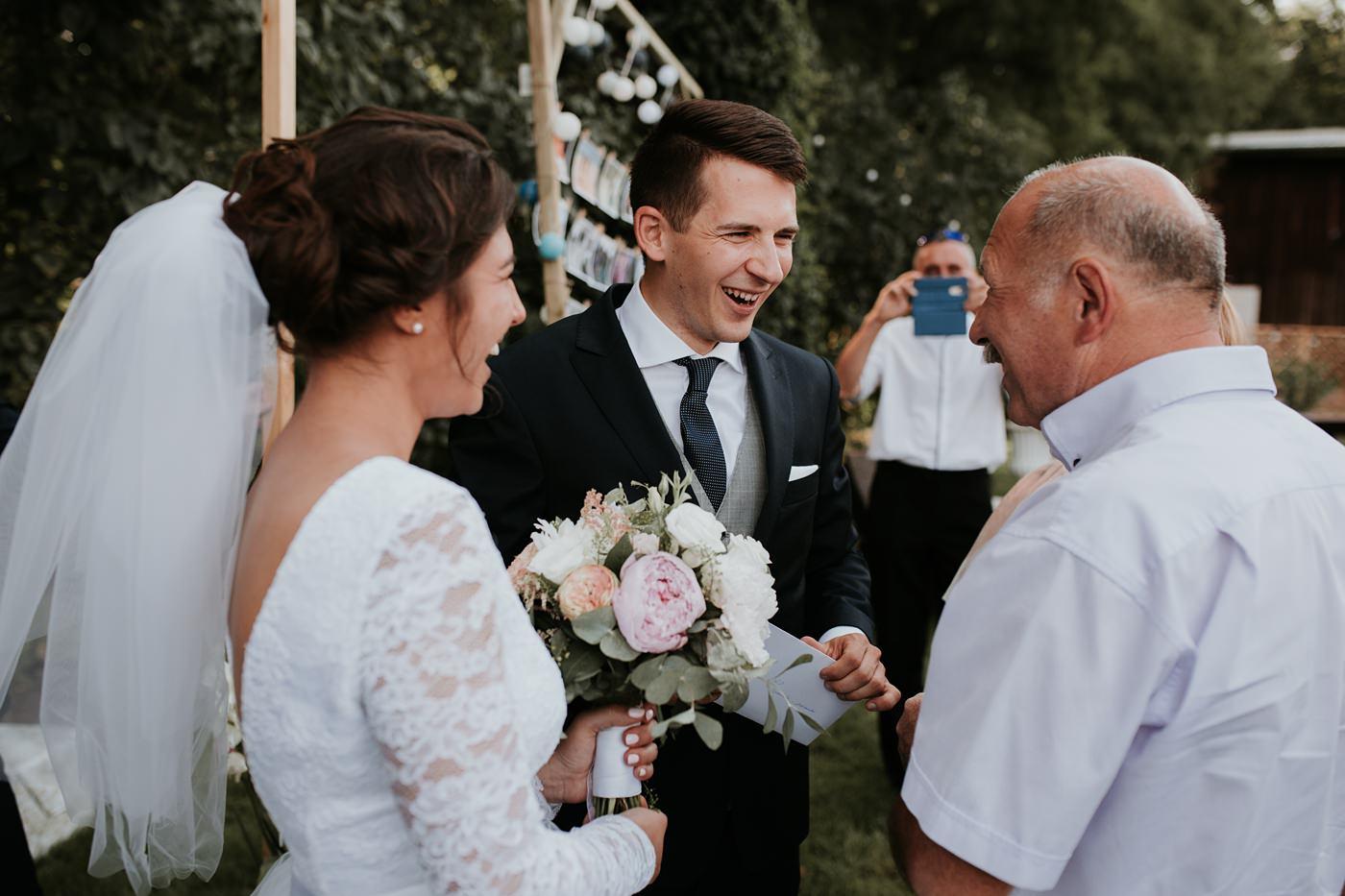 Dominika & Aleksander - Rustykalne wesele w stodole - Baborówko 80