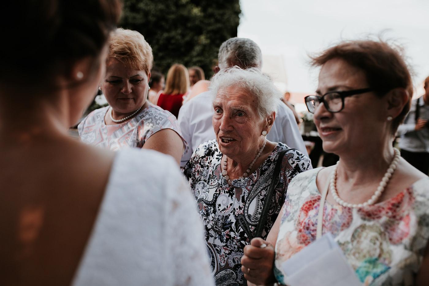 Dominika & Aleksander - Rustykalne wesele w stodole - Baborówko 89