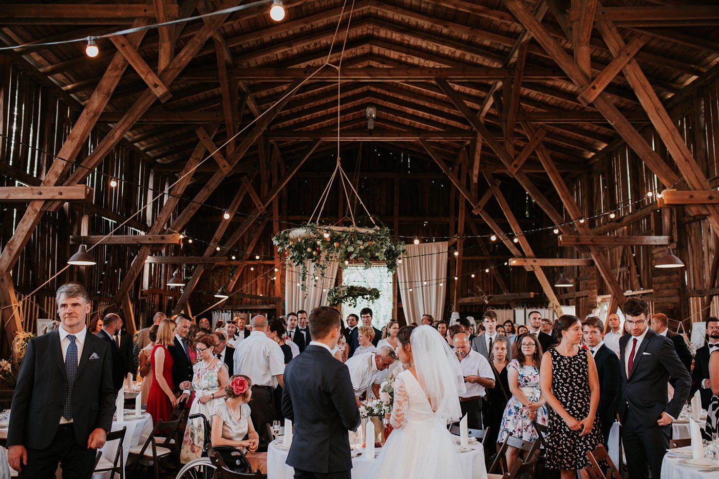 Dominika & Aleksander - Rustykalne wesele w stodole - Baborówko 102
