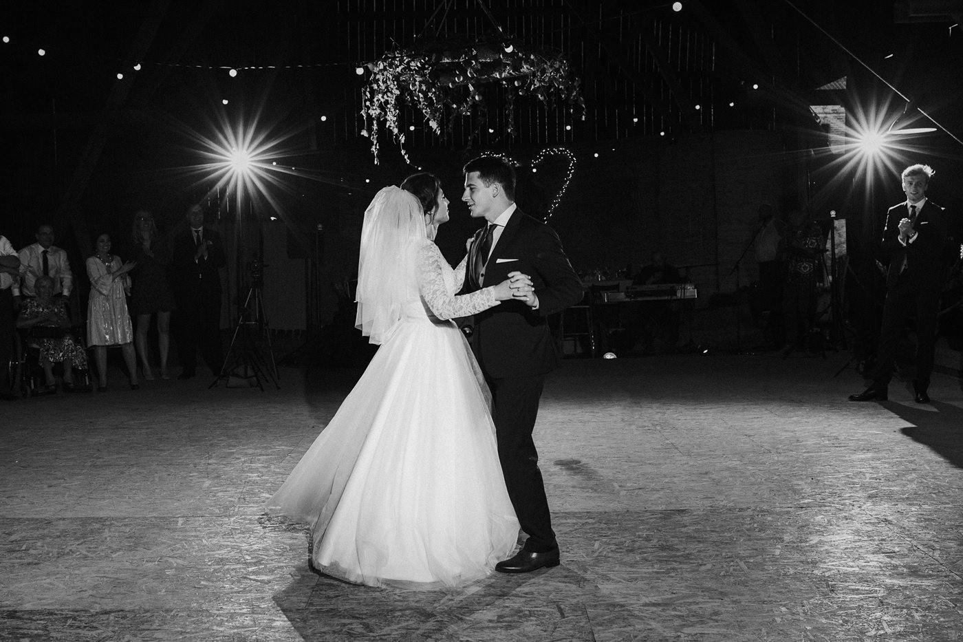 Dominika & Aleksander - Rustykalne wesele w stodole - Baborówko 106