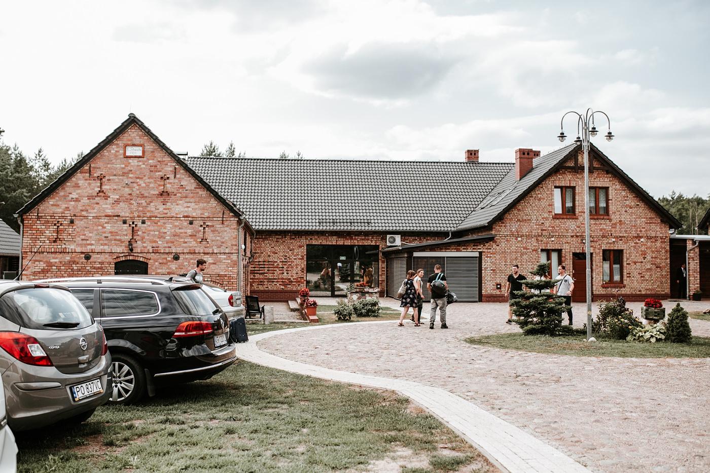 Anna & Wojtek - Ślub cywilny w plenerze - Barnówko w Sam Las 3
