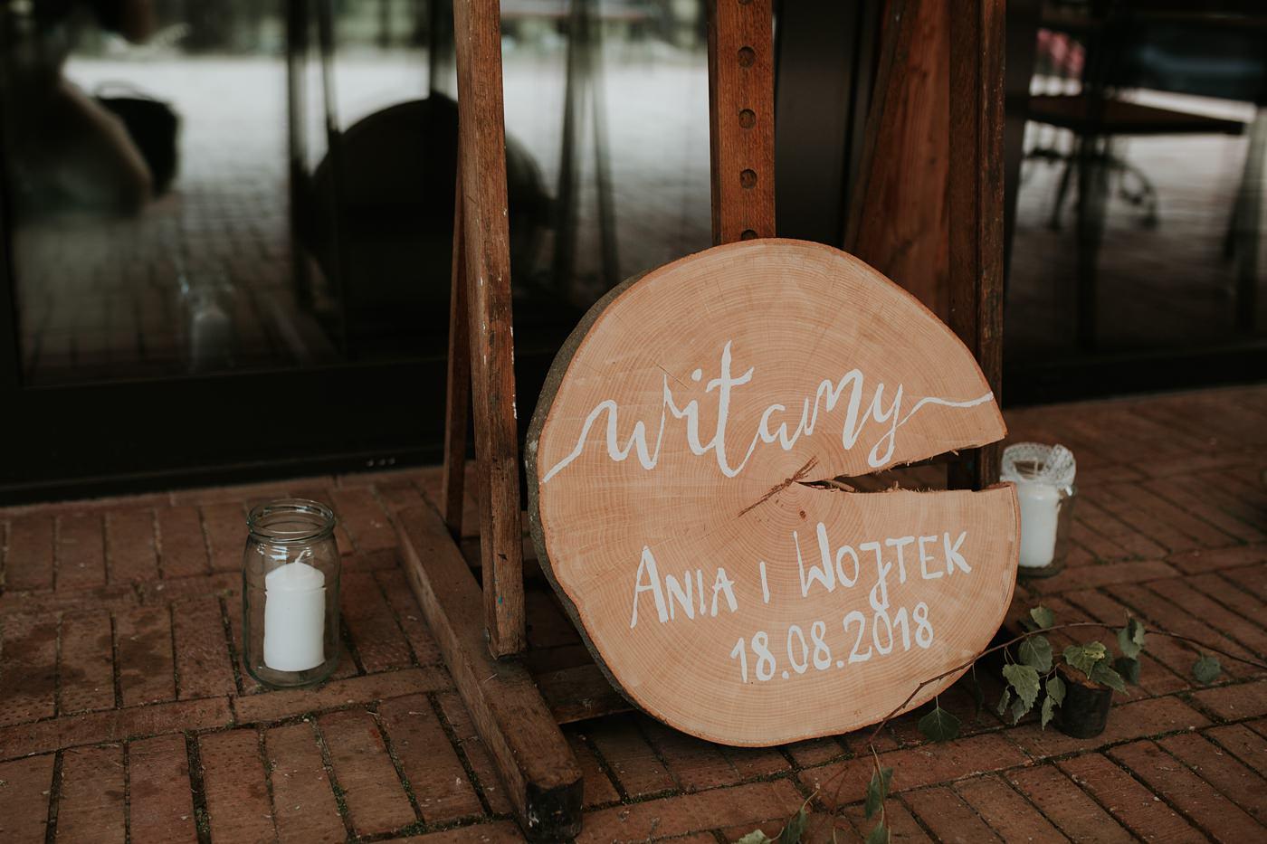Anna & Wojtek - Ślub cywilny w plenerze - Barnówko w Sam Las 10
