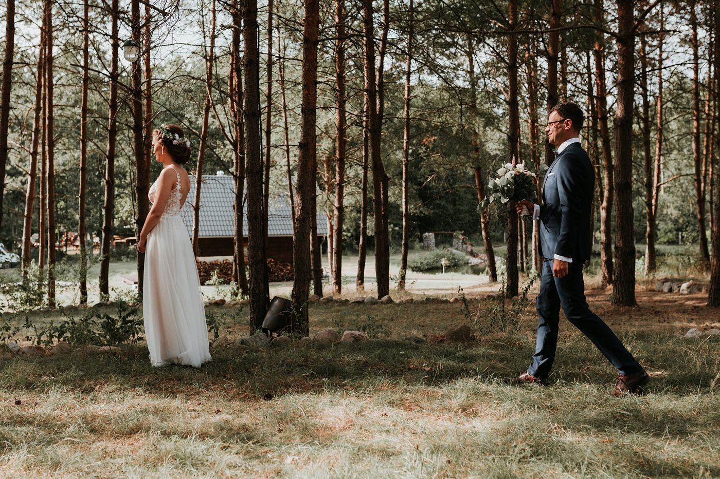 Anna & Wojtek - Ślub cywilny w plenerze - Barnówko w Sam Las 42