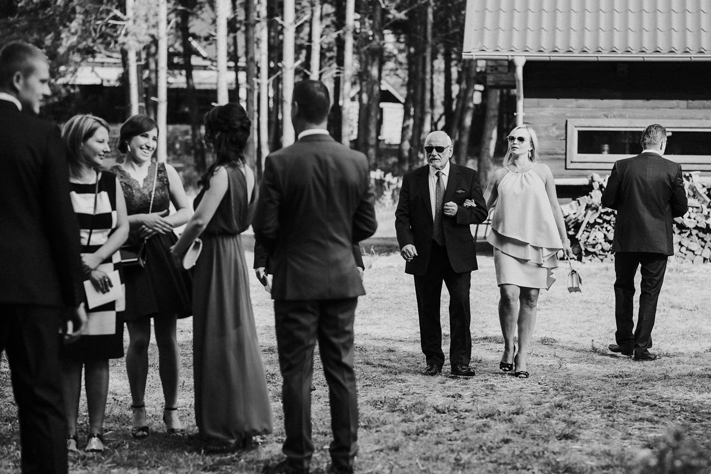 Anna & Wojtek - Ślub cywilny w plenerze - Barnówko w Sam Las 51