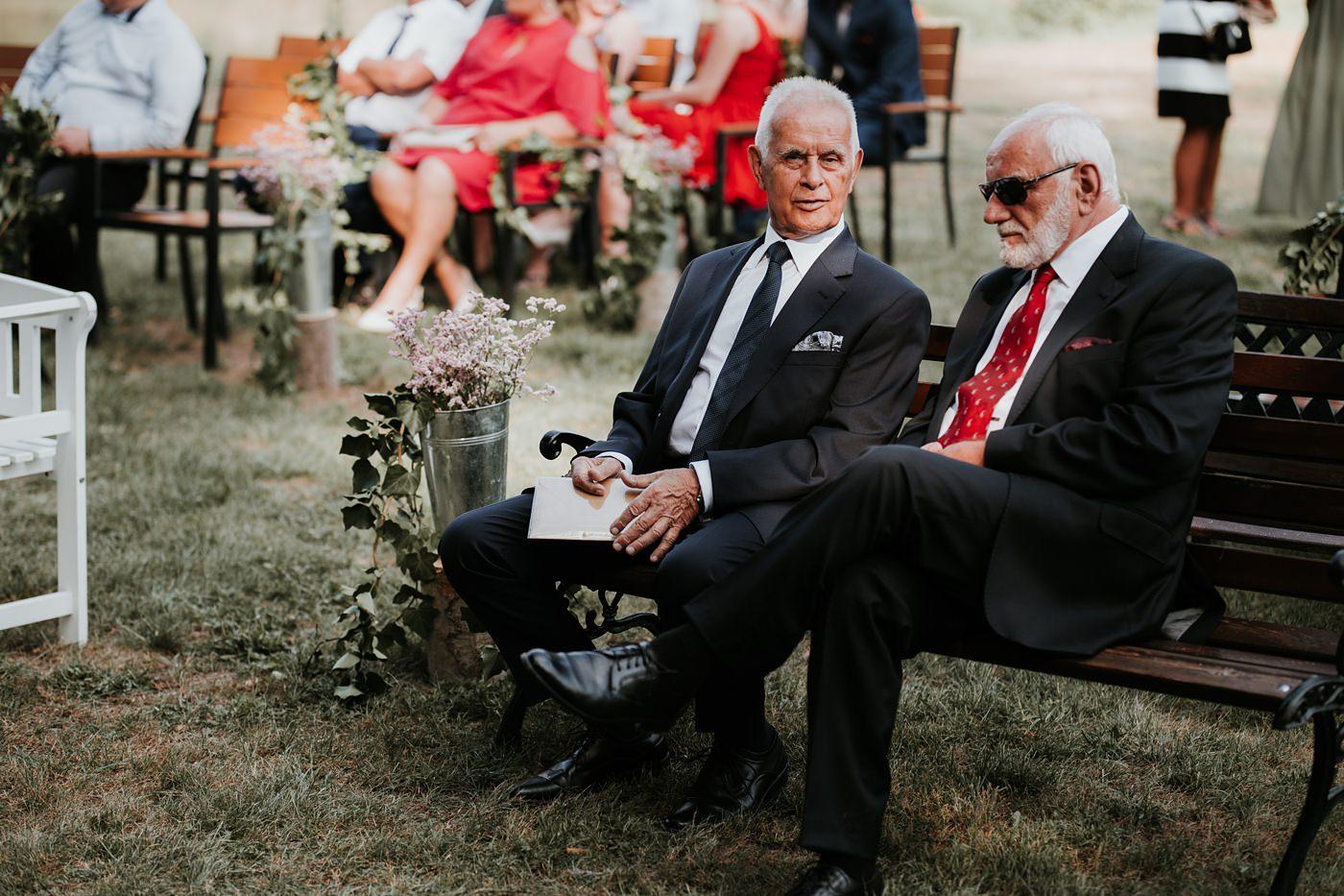 Anna & Wojtek - Ślub cywilny w plenerze - Barnówko w Sam Las 52