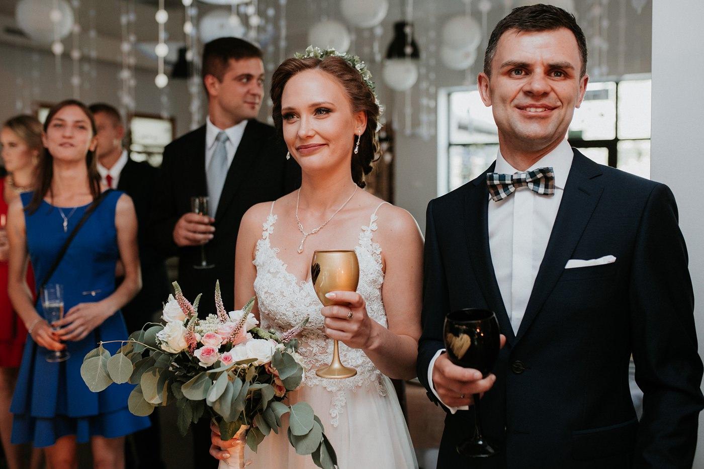 Anna & Wojtek - Ślub cywilny w plenerze - Barnówko w Sam Las 74