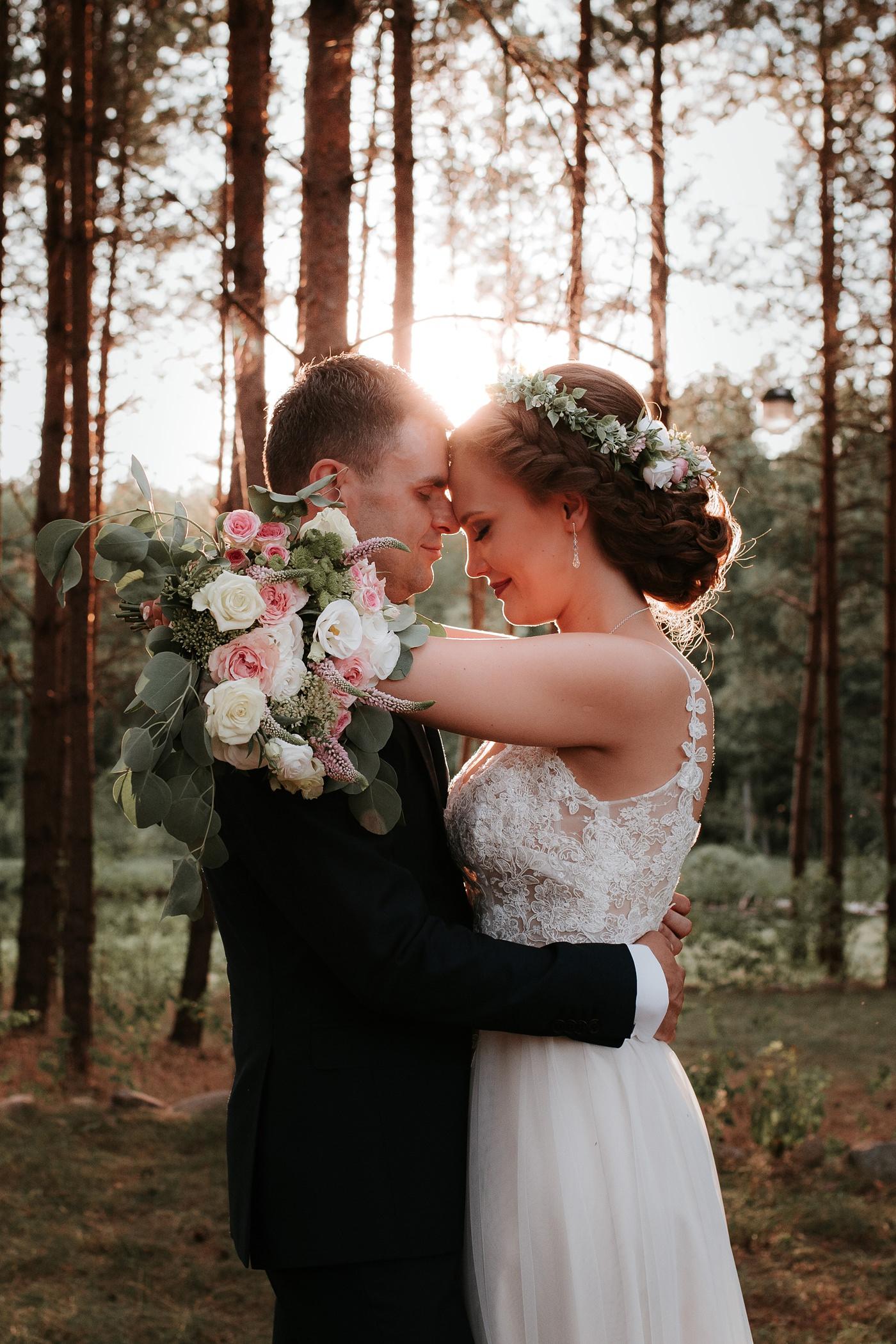 Anna & Wojtek - Ślub cywilny w plenerze - Barnówko w Sam Las 85