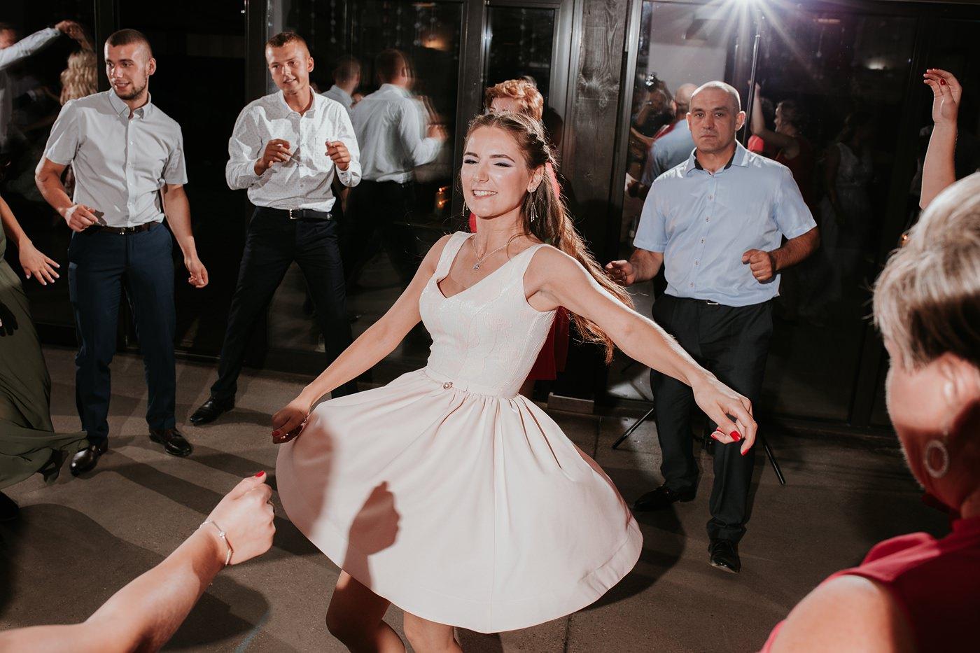 Anna & Wojtek - Ślub cywilny w plenerze - Barnówko w Sam Las 98