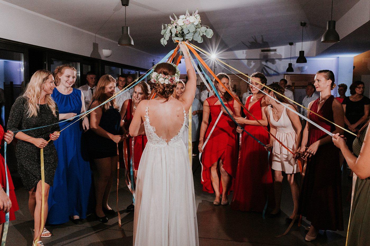 Anna & Wojtek - Ślub cywilny w plenerze - Barnówko w Sam Las 111